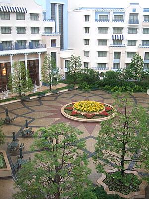 ファサード(アンバサダーホテル)